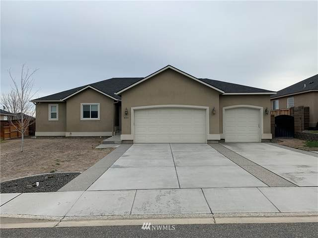 604 Hill Top View Street, West Richland, WA 99353 (#1770917) :: McAuley Homes