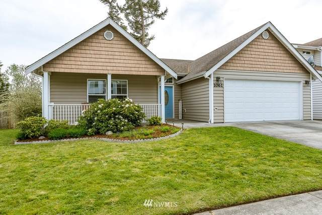 1061 NW Redwing Drive, Oak Harbor, WA 98277 (#1770973) :: Front Street Realty