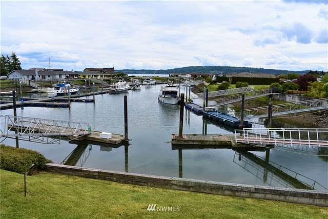2271 Mariner Beach Drive, Oak Harbor, WA 98277 (#1771160) :: Front Street Realty