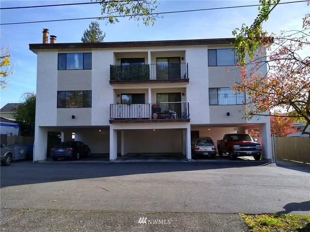 11722 Pinehurst Way NE, Seattle, WA 98125 (#1771212) :: McAuley Homes