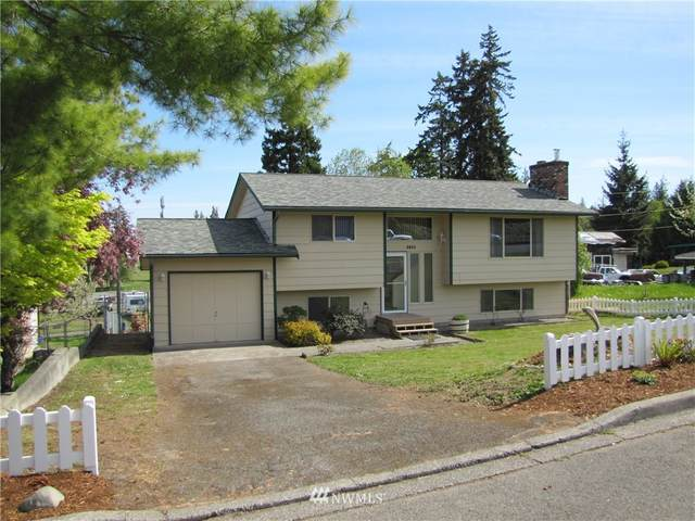 1311 W 9th Street, Port Angeles, WA 98363 (#1771759) :: M4 Real Estate Group