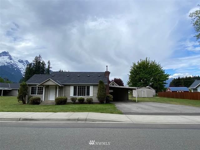 935 Givens Avenue, Darrington, WA 98241 (#1771964) :: The Kendra Todd Group at Keller Williams