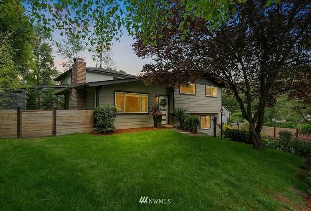 2400 SW Myrtle Street, Seattle, WA 98106 (#1772073) :: The Robinett Group