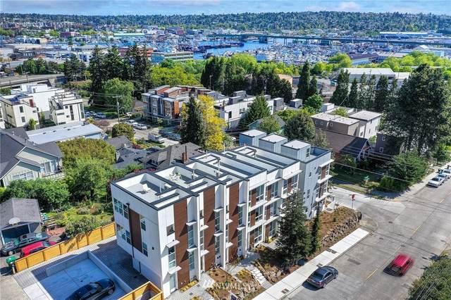 2310 W Emerson Street, Seattle, WA 98199 (#1772136) :: Icon Real Estate Group