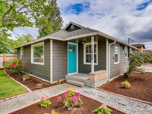 11234 Cornell Avenue S, Seattle, WA 98178 (#1772400) :: The Kendra Todd Group at Keller Williams