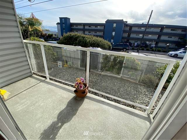 1700 12th Avenue S #105, Seattle, WA 98144 (#1772621) :: The Snow Group