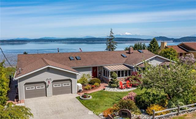 585 Birch Street, Oak Harbor, WA 98277 (#1773459) :: Front Street Realty