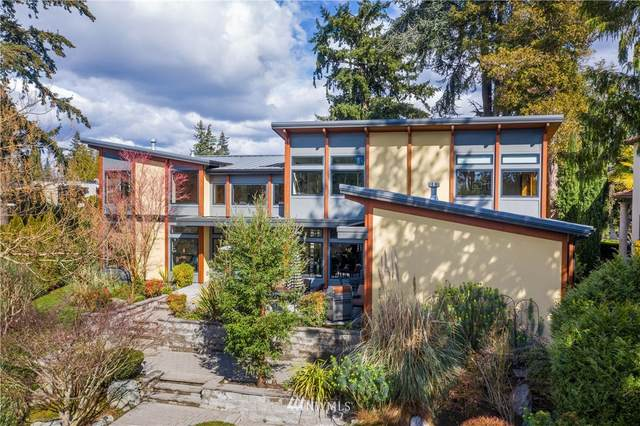 626 13th Avenue W, Kirkland, WA 98033 (#1774172) :: The Kendra Todd Group at Keller Williams