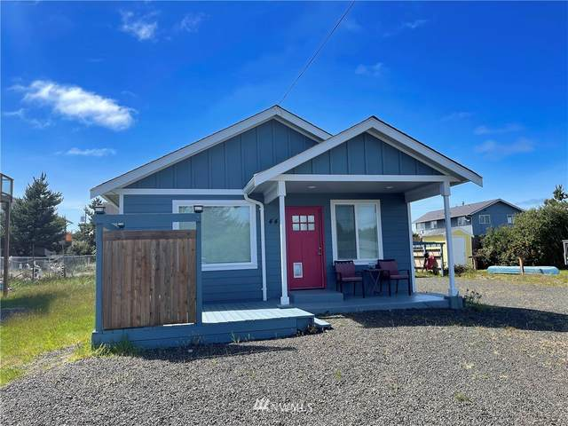 443 Ocean Shores Boulevard SW, Ocean Shores, WA 98569 (MLS #1774827) :: Community Real Estate Group