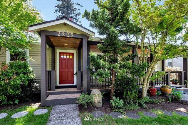 2225 NE 82nd Street, Seattle, WA 98115 (#1775009) :: Provost Team | Coldwell Banker Walla Walla
