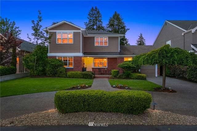 7713 Ridge Drive NE, Seattle, WA 98115 (#1775212) :: McAuley Homes