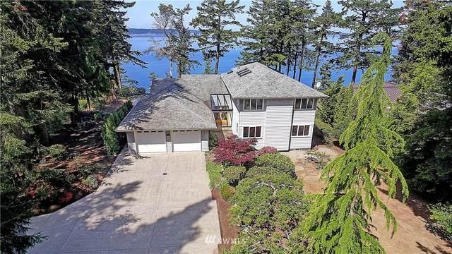 2 Edgewater Drive, Camano Island, WA 98282 (#1775301) :: Mike & Sandi Nelson Real Estate