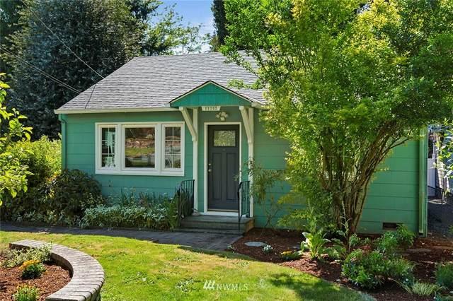 11745 Bartlett Avenue NE, Seattle, WA 98125 (#1775570) :: Keller Williams Western Realty