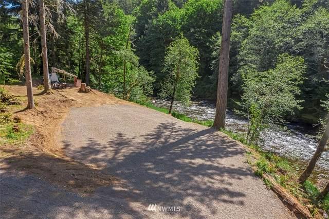 8932 Rose Valley Road, Kelso, WA 98626 (#1775618) :: Keller Williams Western Realty
