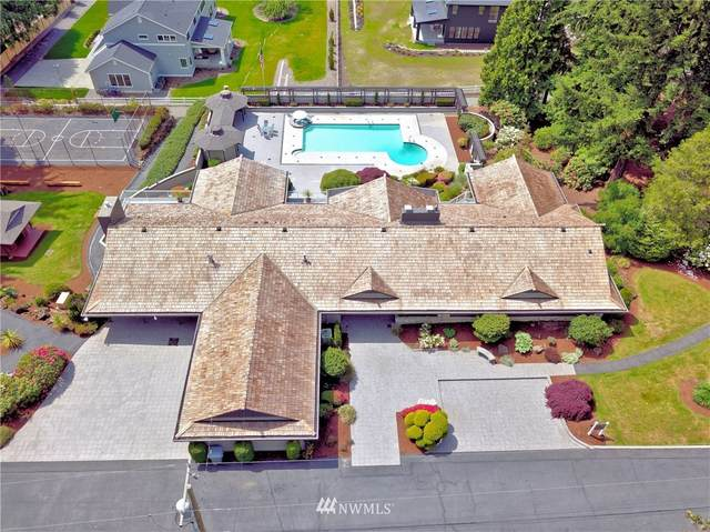 11811 NE 34th Street, Bellevue, WA 98005 (#1775946) :: Ben Kinney Real Estate Team