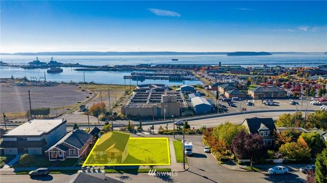 2204 Grand Avenue, Everett, WA 98201 (#1776928) :: Northern Key Team