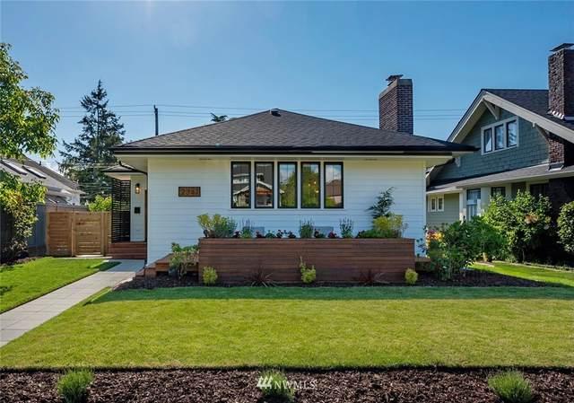 2347 46th Avenue SW, Seattle, WA 98116 (#1777144) :: Better Properties Lacey