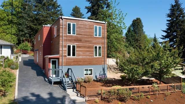 11032 38th Avenue NE, Seattle, WA 98125 (#1777154) :: Keller Williams Western Realty