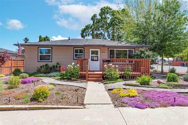 1245 Eighth Street, Wenatchee, WA 98801 (#1777627) :: Ben Kinney Real Estate Team