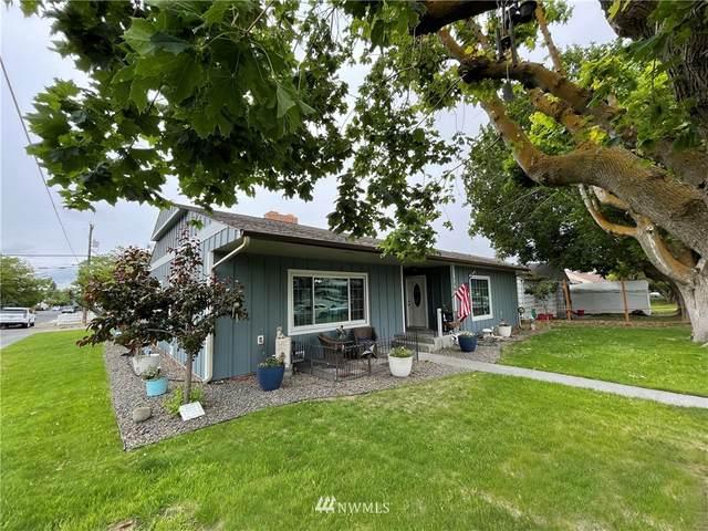 106 E Street SW, Ephrata, WA 98823 (#1778366) :: Ben Kinney Real Estate Team