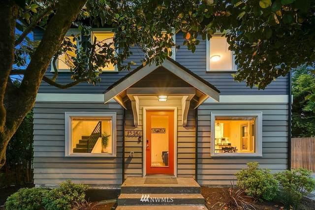 12351 40th Avenue NE, Seattle, WA 98125 (#1778659) :: Keller Williams Western Realty