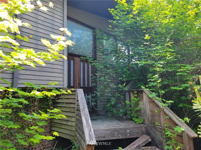 17611 Talbot Road, Edmonds, WA 98026 (#1778710) :: Shook Home Group