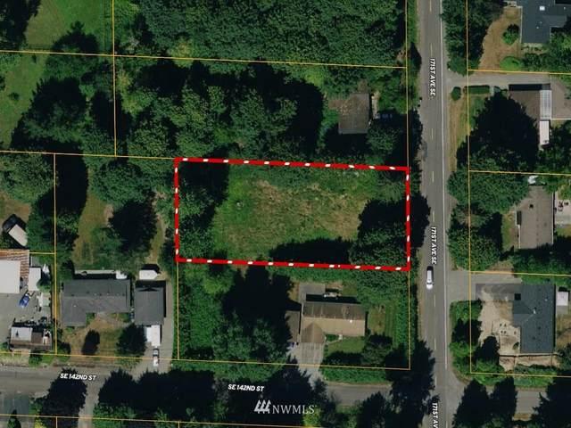 140 171st Avenue SE, Renton, WA 98059 (#1779192) :: Keller Williams Western Realty