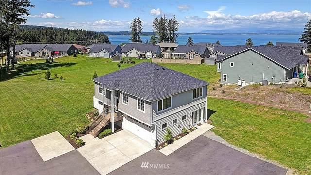 123 Crest Place, Camano Island, WA 98282 (#1779576) :: Keller Williams Western Realty