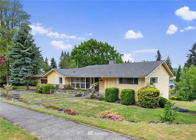 16284 38th Avenue NE, Lake Forest Park, WA 98155 (#1779744) :: Beach & Blvd Real Estate Group