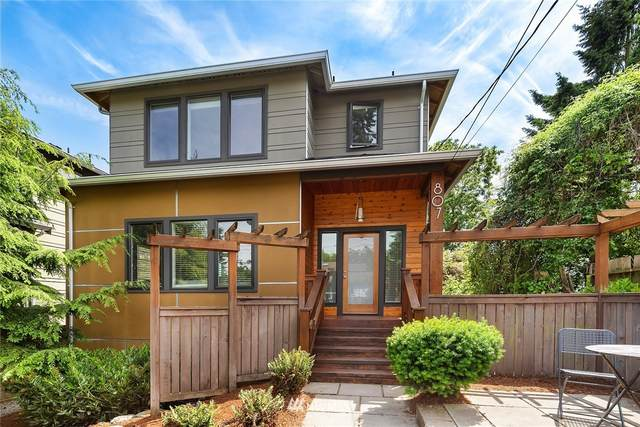 807 NW 88th Street, Seattle, WA 98117 (#1779859) :: Keller Williams Western Realty
