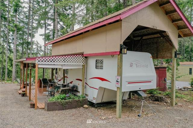 1820 N Colony Surf Drive, Lilliwaup, WA 98555 (#1780135) :: Keller Williams Western Realty