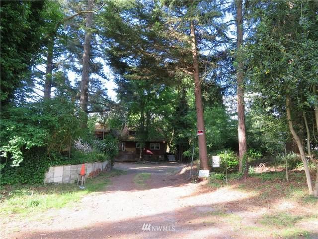 3333 NE 202nd, Lake Forest Park, WA 98155 (#1781154) :: Pickett Street Properties