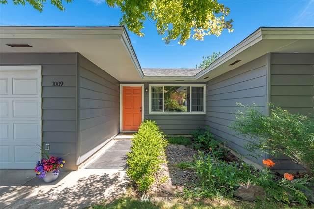 1009 Berg Avenue, Wenatchee, WA 98801 (#1781258) :: Ben Kinney Real Estate Team