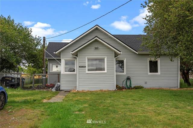 304 Centre Street S, Rainier, WA 98576 (#1781711) :: Keller Williams Western Realty