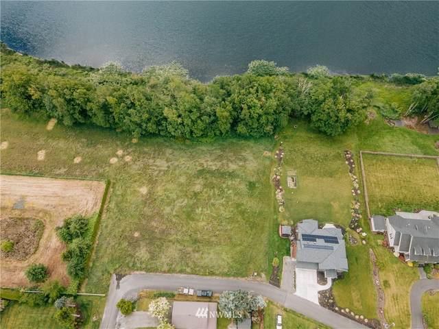 7268 W Wiser Lake Court, Ferndale, WA 98248 (#1782109) :: Ben Kinney Real Estate Team