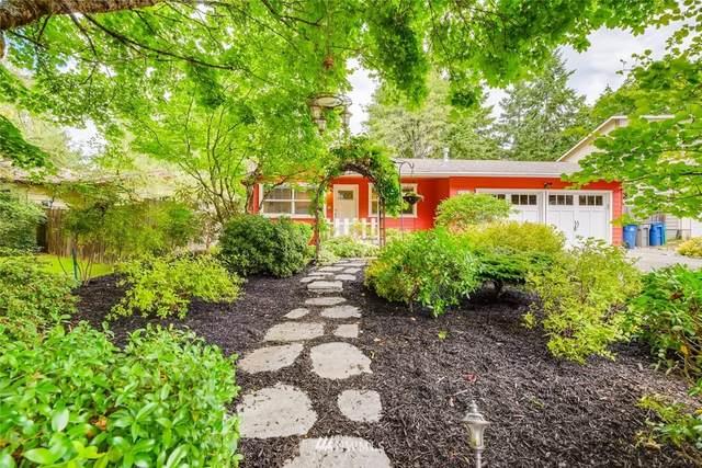 8800 NE 137th Street, Kirkland, WA 98034 (#1782232) :: Mike & Sandi Nelson Real Estate