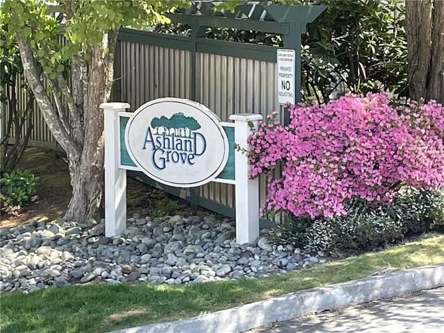 6110 202ND Street SW #101, Lynnwood, WA 98036 (#1782486) :: Keller Williams Western Realty