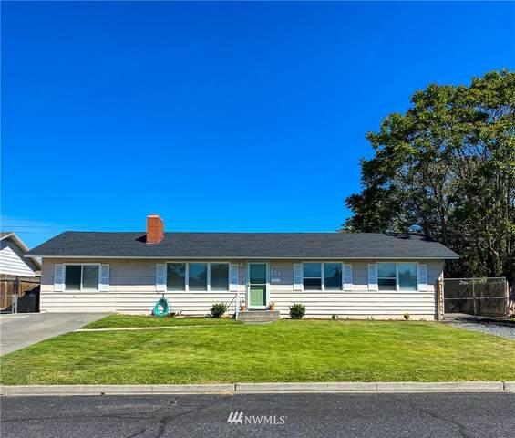256 N Earl, Moses Lake, WA 98837 (#1782945) :: Northwest Home Team Realty, LLC