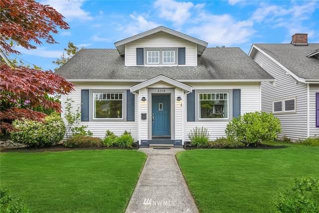 3219 44th Avenue SW, Seattle, WA 98116 (#1782973) :: Keller Williams Western Realty