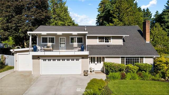 10008 161st Place NE, Redmond, WA 98052 (#1783052) :: Canterwood Real Estate Team