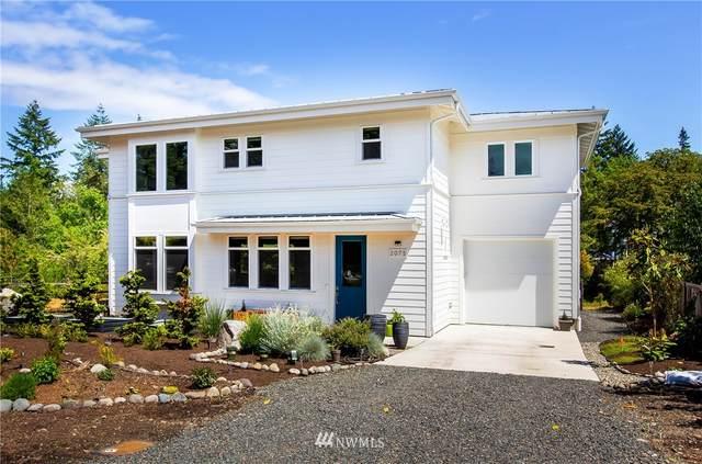 2075 Soundview Drive NE, Bainbridge Island, WA 98110 (#1783199) :: Keller Williams Western Realty