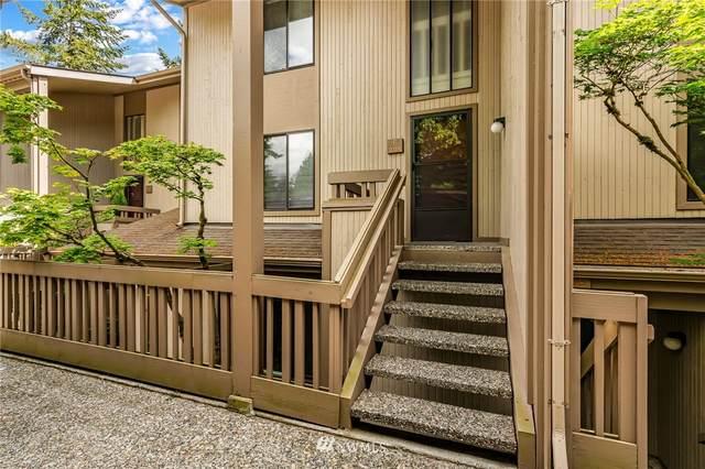 13730 15th Avenue NE F-205, Seattle, WA 98125 (#1784019) :: Keller Williams Western Realty