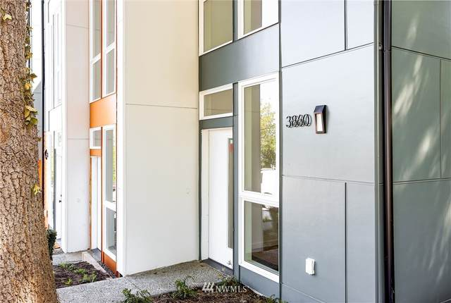 3860 22nd Avenue SW, Seattle, WA 98106 (#1784315) :: Better Properties Lacey
