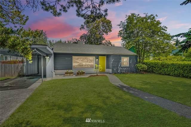 12532 8th Avenue NE, Seattle, WA 98125 (#1784660) :: Keller Williams Western Realty