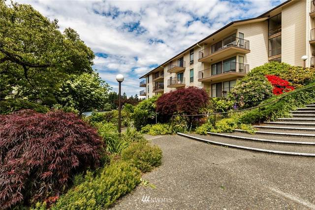 13229 Linden Avenue N B-401, Seattle, WA 98133 (#1784833) :: Beach & Blvd Real Estate Group