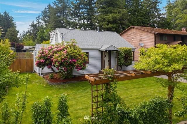 11745 8th Avenue NE, Seattle, WA 98125 (#1784834) :: Canterwood Real Estate Team