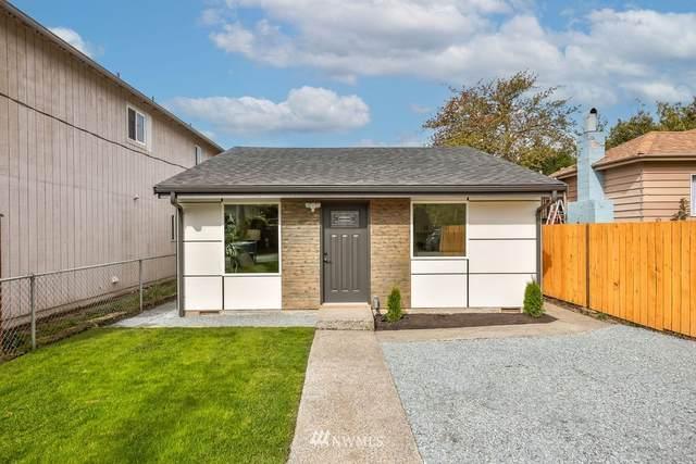 6213 46th Avenue S, Seattle, WA 98118 (#1784839) :: Beach & Blvd Real Estate Group