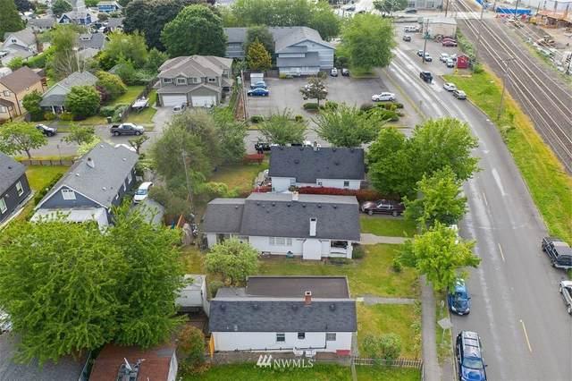 611 W Stewart Avenue, Puyallup, WA 98371 (#1784907) :: The Kendra Todd Group at Keller Williams