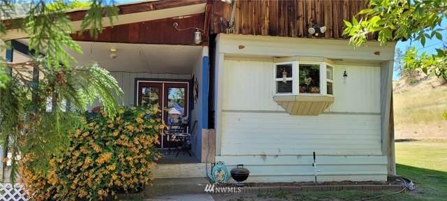 7440 Entiat River Road, Entiat, WA 98822 (#1784935) :: Keller Williams Western Realty