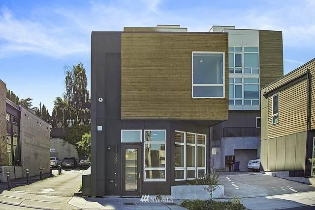 7321 35th Avenue NE, Seattle, WA 98115 (#1785004) :: Canterwood Real Estate Team